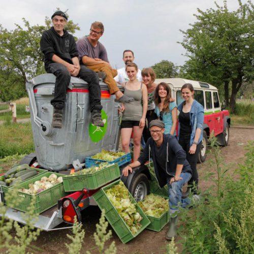 Eine Ernte-Aktion mit der Container-Küche